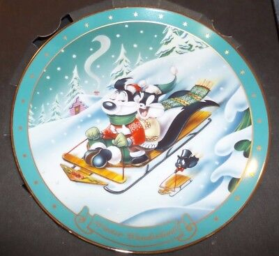 1996 Warner Bros Studio Gallery Limited Edition Collector Plate Pepe Penelope
