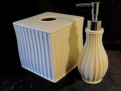 J. QUEEN NEW YORK CERAMIC BATHROOM ACCESSORY SET - Tissue Box Cover & Soap Pump