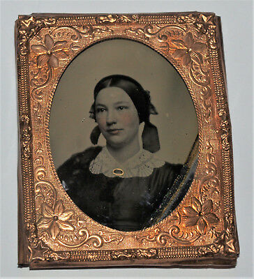 Ambrotype Photo Of Young Lady with Gold Colored Brooch, 1/9th Plate