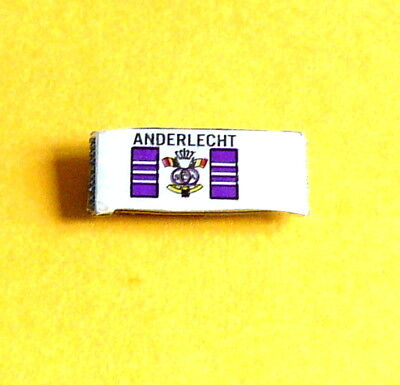 PINS ANDERLCHT avec son attache