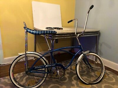vintage schwinn stingray bicycle 1975 Front Tire Just No Tube Tires Are Deflated