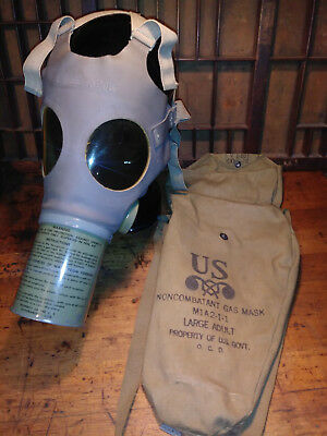 WW2 II US ARMY MARINES Gas Mask M1A2-1-1 Large Adult w/bag, A+ condition Army