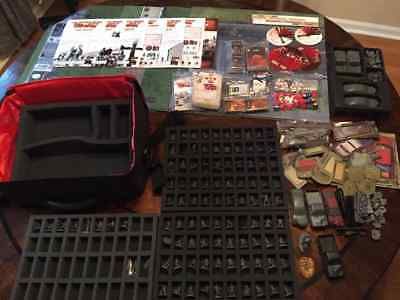 The Walking Dead: All Out War Miniatures Game + Carrying Case + Deluxe Mats