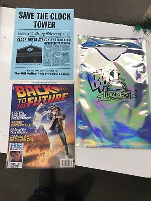 BACK TO THE FUTURE 2 HOLOGRAM  BAG BLAST FROM THE PAST BAG  souvenir Magazine +