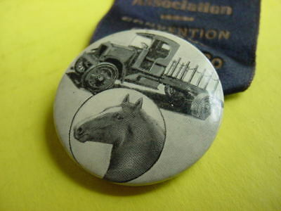 GRAPHIC RARE 1920 Vintage HORSE & MOTOR TRUCK Old Chicago Pinback Button Medal