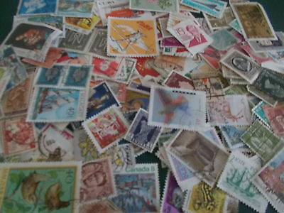 1000+ OFF PAPER WORLD STAMPS  -  ONLY £5! with FREE P+P!