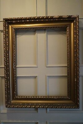 Large 30 x 24 inch Wood & Gesso / Gilt frame | Antique Vintage | G409