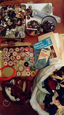 Job Lot Vintage Sewing Bits Cotton reels Buttons etc