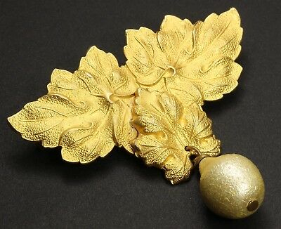 Vintage Art Nouveau-style Ornate Gold Tone Floral Leaf Pearl Drop Brooch Pin