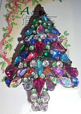 Christmas Tree rhinestone pin beautiful 2006 3rd Annual Avon
