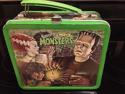 """""""UNIVERSAL MOVIE MONSTERS"""" 1979 ALADDIN LUNCH BOX with THERMOS"""