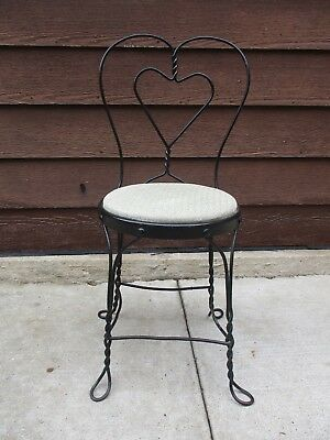 Antique Wrought Iron Twisted Metal Heart Ice Cream Parlor Chair Stool Seat (2)