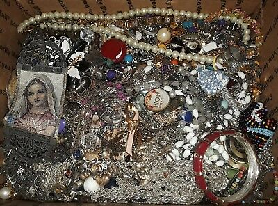 14+lbs Vintage To now Jewelry Lot Brooches Bracelets Necklaces  Earrings Watches