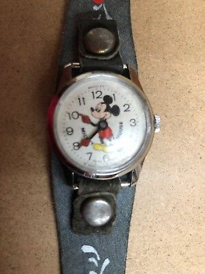 Amazing Vintage Bradley Mickey Mouse Mechanical Watch Walt Disney Running L@@K