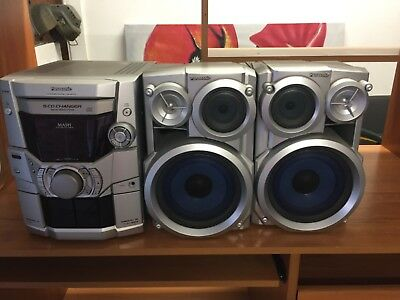 Panasonic CD player in Silver and tab