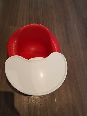 Bumbo seat (red) with tray in excellent condition