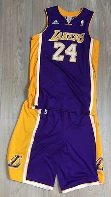 Equipement basket LAKERS taille 13-14 ans