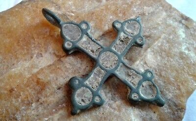 MEDIEVAL 10-13th CENTURY LARGER VIKING-STYLE BRONZE CROSS INLAID with ENAMEL