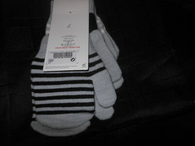 Bnwts  Next 3 pack  boys mittens  gloves from Next size 2-6 Years