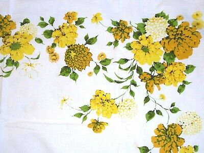 """VINTAGE GENUINE WILENDUR TABLECLOTH GOLD & YELLOW FLOWERS 65"""" × 52"""" Table Linens"""