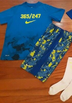 Lot of 5 EUC Boys UNDER ARMOUR & NIKE Shirts Shorts Socks Sets *YMD Youth Medium