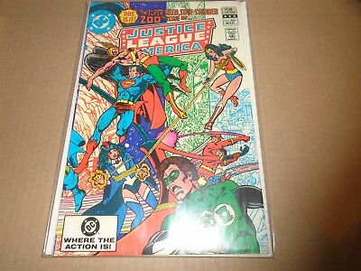 JUSTICE LEAGUE OF AMERICA #200 DC Comics 1982 VF+