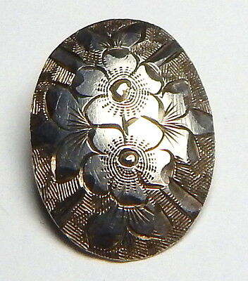 BEAUTIFUL ANTIQUE HAND ENGRAVED STERLING SILVER BUTTON w/QUEEN VICTORIA HALLMARK