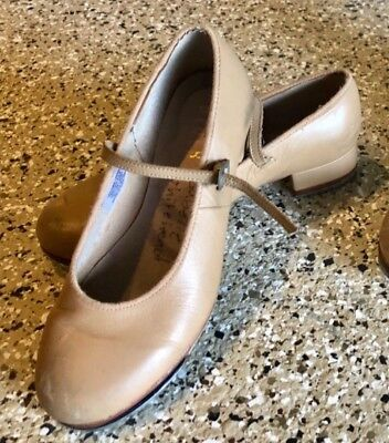 Bloch Tap Shoes size 5.5 Tan Leather