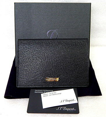 3ec188e4f41 GUCCI MEN S WALLET used it once new condition authentic Gucci wallet ...