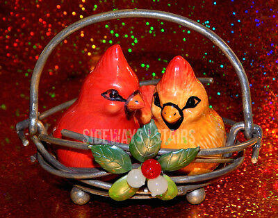 HOLIDAY CARDINAL SALT & PEPPER SHAKERS In Metal Nest Christmas decor winterberry