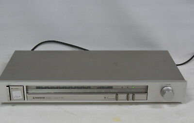 Pioneer F-50 Stereo AM/FM Tuner Component