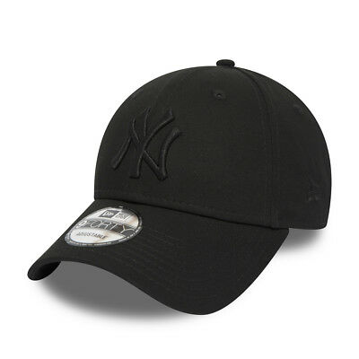 New Era 9FORTY Snapback Cap New York Yankees black on black MLB 2019