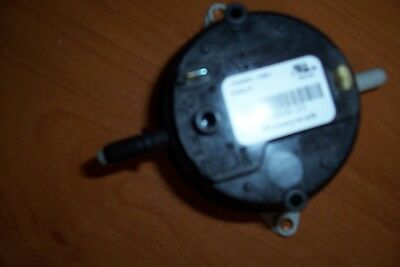 Oem Carrier / Bryant Pressure Switch Hk06Nb123