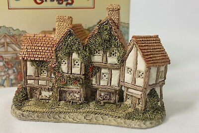 David Winter The Apothecarys Shop 1985 Sm Cottage Figurine COA+Bx British Nice!