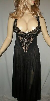 VTG, Long Black Lingerie Gown.  Low Cut, Stretchy Lace Bust     Sz L