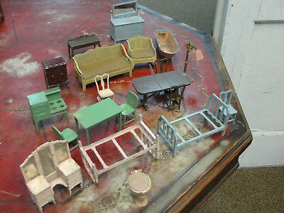 Vintage Lot of 20 Metal Tootsie Toy Miniature Dollhouse Furniture Tub Toilet