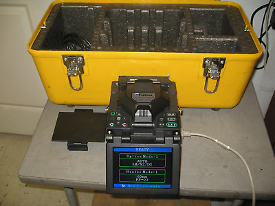 Fujikura FSM-17S Arc Fusion Splicer Total Arc Count: 177 w/fiber holder
