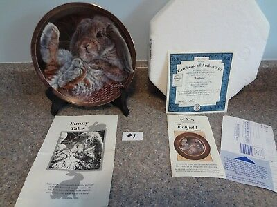 "Bradford Exchange Bunny Tales Plate ""Footloose"" by Vivi Crandall 1st in Series"