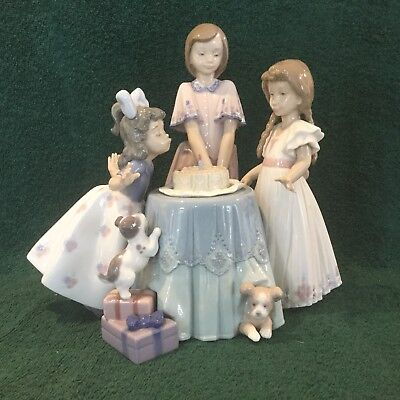 """Lladro """"making A Wish"""" #5910 Children At Birthday Party Good Condition"""