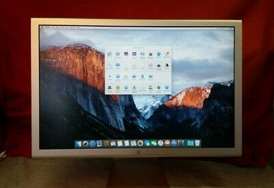 """Apple 23"""" LCD Cinema Display SCREEN In very good condition model  A1082"""