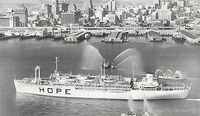 1960 Wire Photo fireboats spray hospital ship SS Hope arriving San Francisco Bay