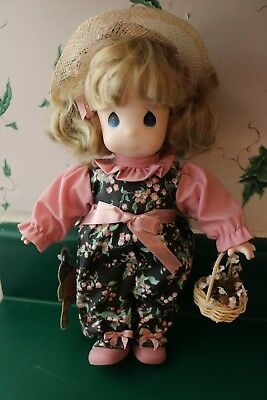 Precious Moments Garden of Friends Doll Lily 1st Edition #1457 With Tag No Stand