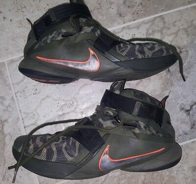 a7559205d2411 Nike LeBron Soldier IX 9 Premium Basketball Shoes Men s Size 14 Olive Green