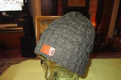 c07cdf580b923 Aran Tradition Winter Hat Dark Green Medium In Size Acrylic Cable Knitted  Nice