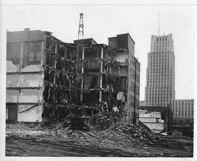1968 PRESS PHOTO Akron OH Demolition Crane Clears Buildings Urban Renewal #597