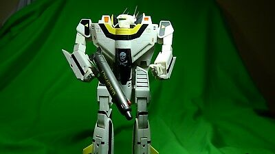Robotech Masterpiece Collection - Volume 3: Roy Fokker VF-1S By Toynami