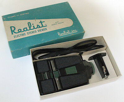 Stereo Realist ST-62 2062 Electric 3D Slide Viewer with Battery Cartridge in Box