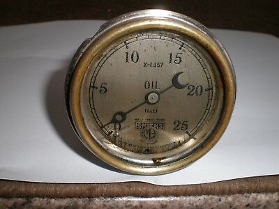 """Vintage """"smiths"""" Brass  Oil Pressure Gauge Probably From The 1920`s No. X - 1357"""