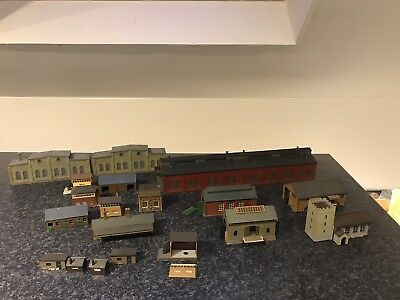 Job Lot of N Gauge Buildings x19 Large Engine Shed,Signal Boxes,Goods Shed Etc