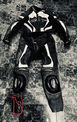 RST 2-piece motorcycle leathers Tractech Evo 2 leather trousers+leather jacket!!